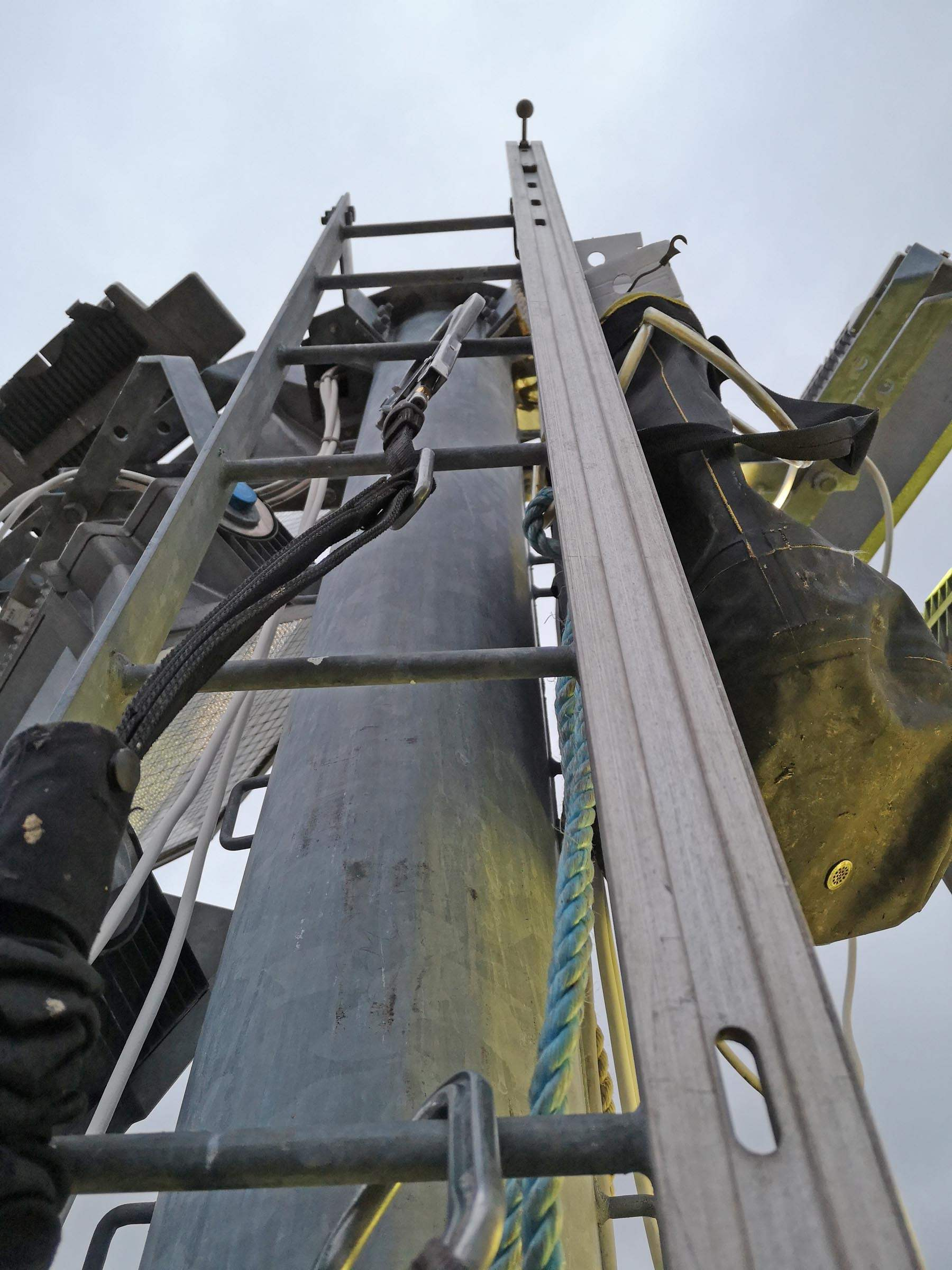 floodlight repairs