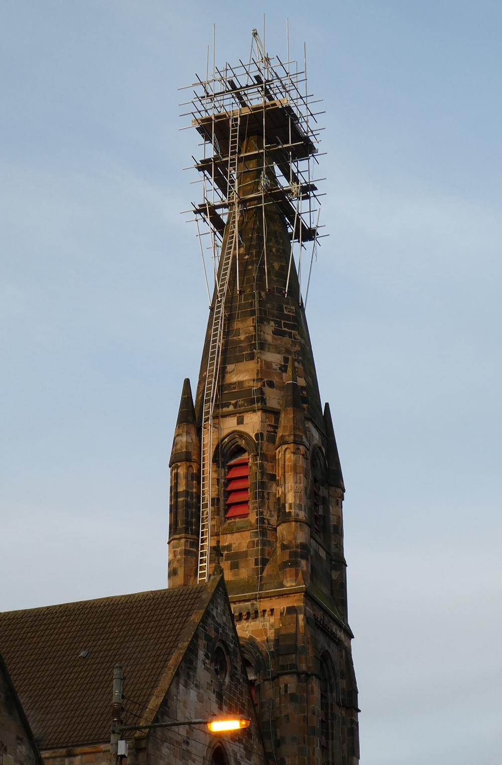church_spire_rebuild_2018_04