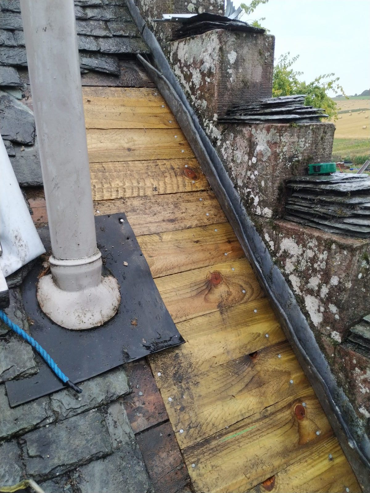 highland_castle_slate_repairs04