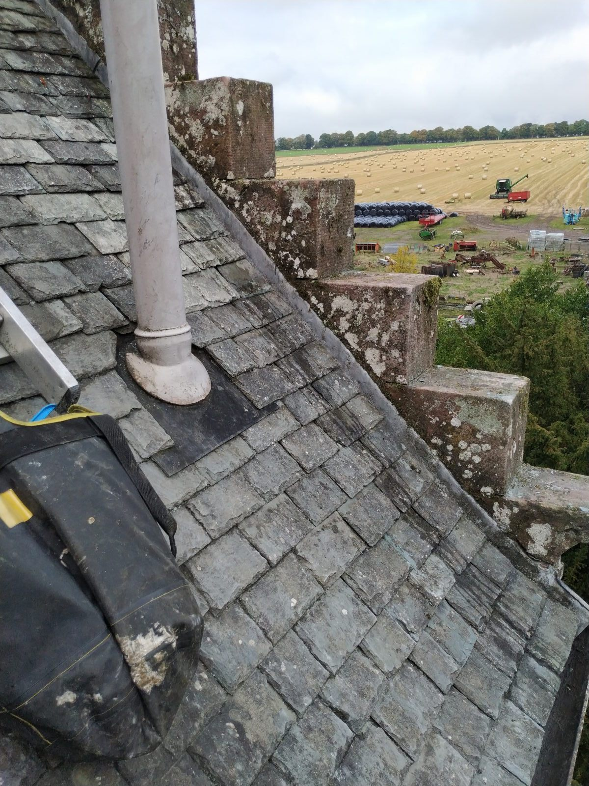 highland_castle_slate_repairs08