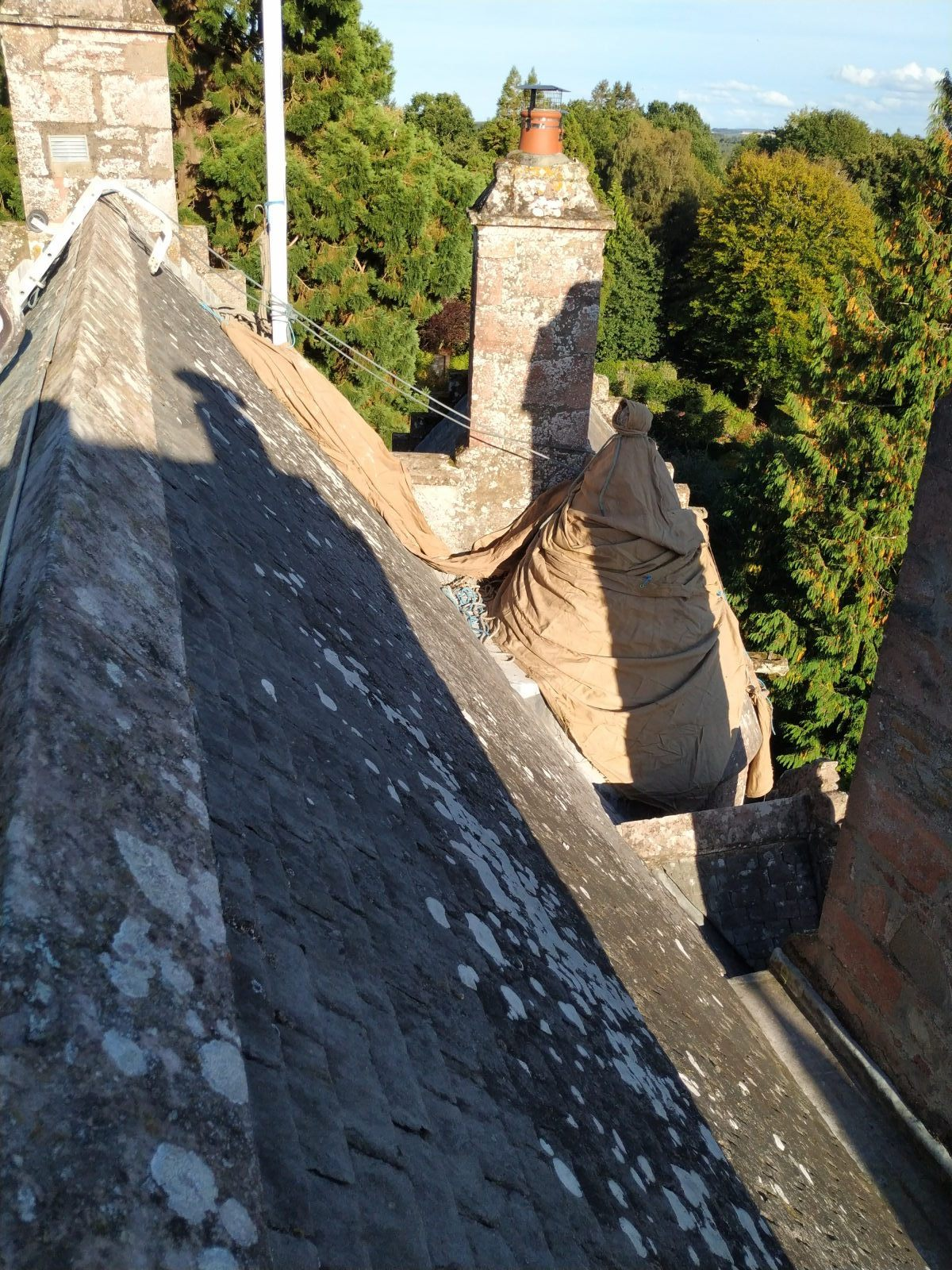highland_castle_turret_lime_pointing07