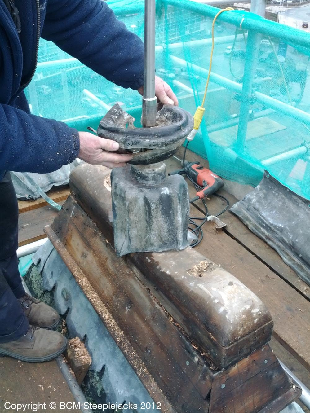 leadwork_spire_head_01