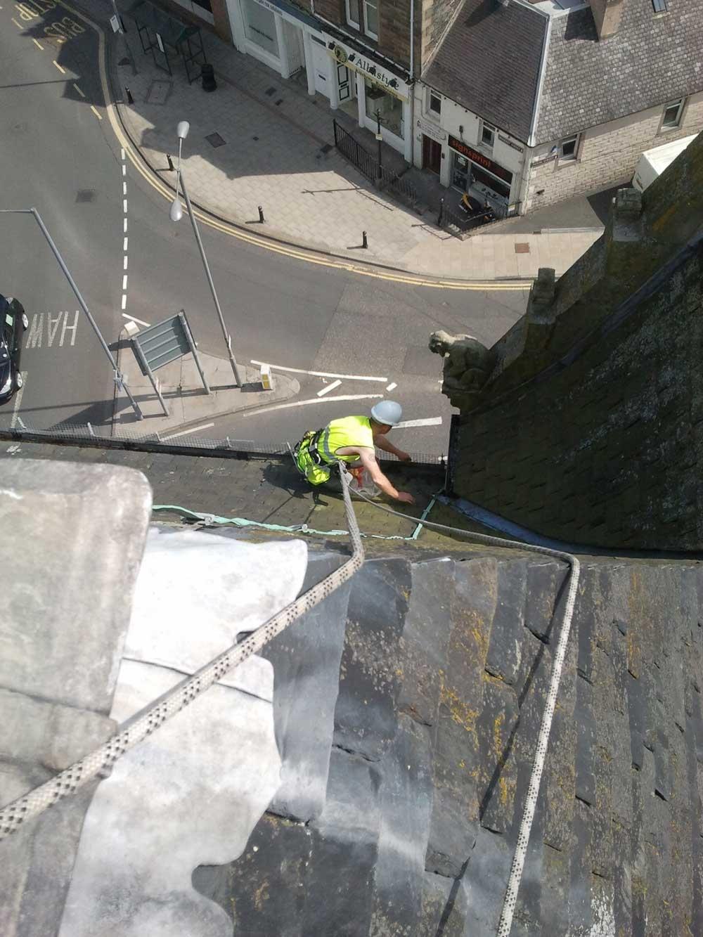 Abseil access - gutter clearing 2
